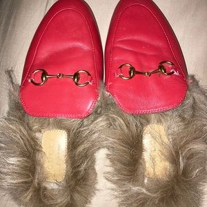 Gucci prince town horsebit fur loafers! Great cond